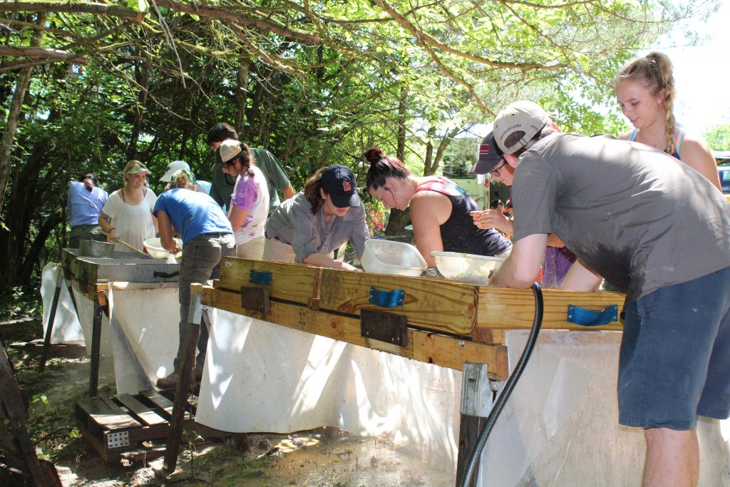UM Fieldschool excavations at a Contact period site in Oktibbeha County